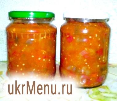 Баклажани з болгарським перцем в томатному соусі