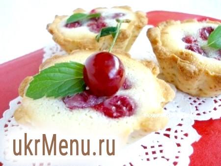Цвєтаєвський пиріг з вишнею