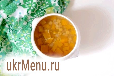 Дієтичний суп з гарбуза