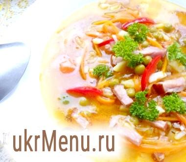 Густий суп з копченою свинячий грудинкою