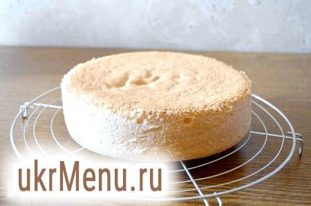 Фото - Готуємо бісквіт. Процес приготування ви можете подивитися в моєму рецепті торта