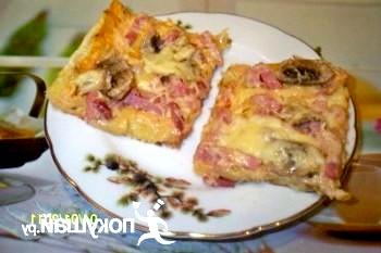 Експрес-піца на листковому тісті
