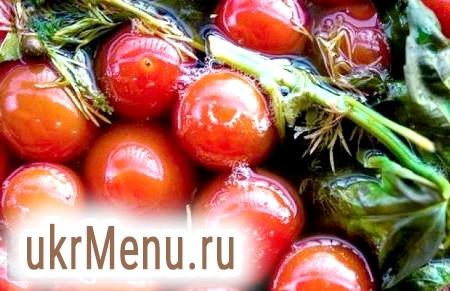 Як маринувати солодкі помідори на зиму