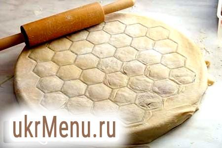 Як приготувати тісто для пельменів: домашні рецепти