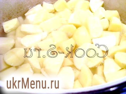 Картопля тушкована з грибами