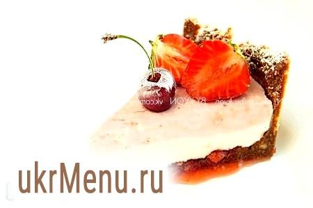 Полунично-сирний торт