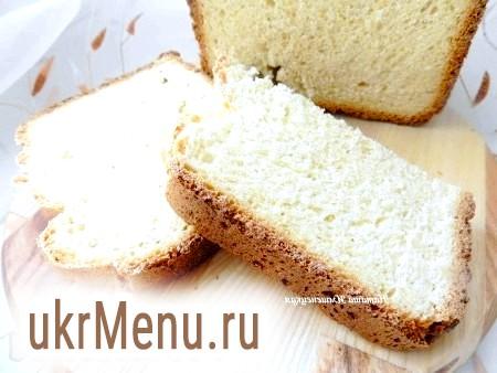 Кукурудзяний хліб в хлібопічці
