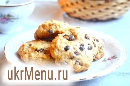 Вівсяне печиво з родзинками і шоколадом