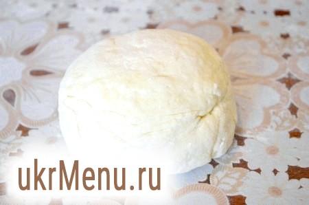 Фото - Замісити тісто для ледачих сирних вареників.