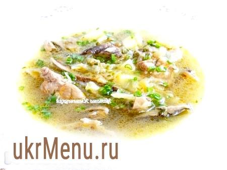 М'ясний суп з грибами