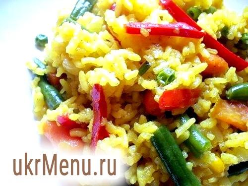Відварна курка з рисом і овочами