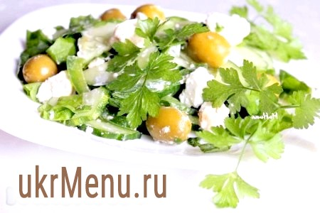 Овочевий салат з бринзою
