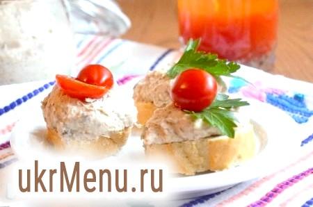 Паштет з квасолі, грибів і сиру
