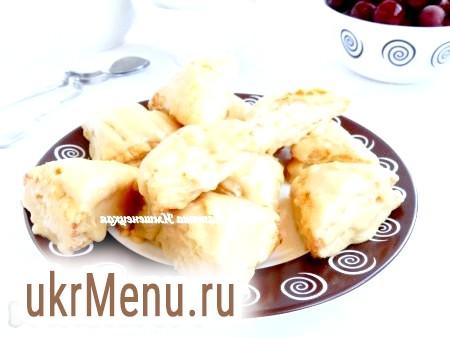 Печиво з листкового дріжджового тіста