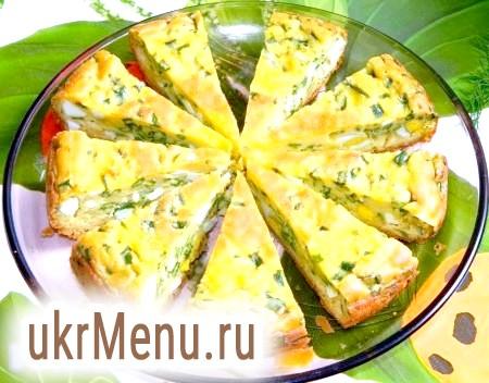 Пиріг з яйцями і зеленою цибулею