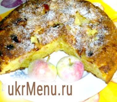 Простий яблучний пиріг