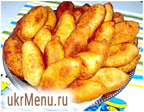Прості рецепти приготування пиріжків з цибулею і яйцями