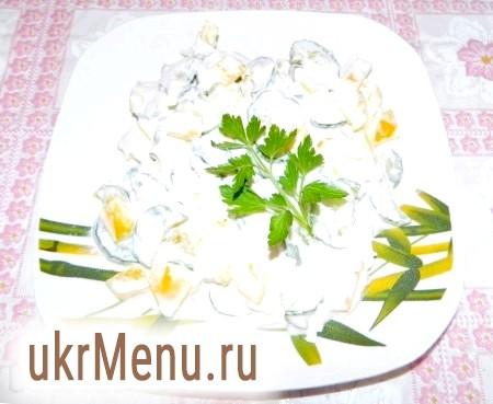 Рецепт салату з огірками і болгарським перцем