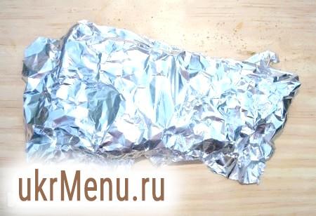 Фото - Тепер яловичину потрібно обов'язково щільно прикрити фольгою на 10 хвилин. За цей час м'ясо