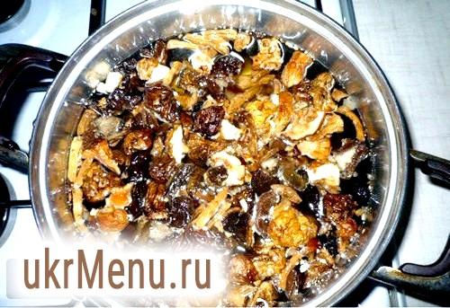 Рецепт супу з сушених грибів.