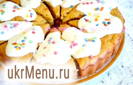 Рецепт смачного морквяного пирога з бананами