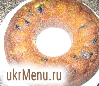 Різдвяний кекс з чорносливом і грецькими горіхами
