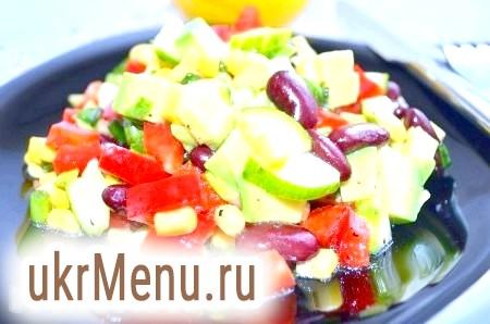 Салат з квасолі, кукурудзи та авокадо