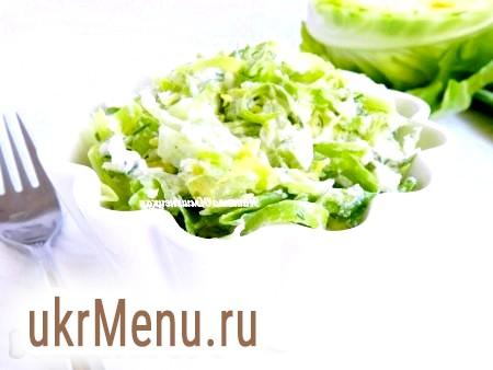 Салат зі свіжої капусти та огірків