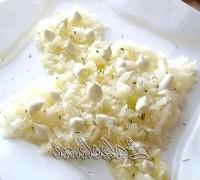 Фото - Крок №1 - Для початку підготуємо всі продукти, щоб потім не гальмувати на етапах.Баклажан попередньо очищаємо, ріжемо кубиками, солимо і обсмажуємо, додаємо до нього цибулю, нарізану кубиками, потім даємо остить.Натіраем на тертці картоплю і яйце окремо, ріжемо дрібно мясо.Перец дрібною соломкою, маслини мелко.Викладиваем на блюдо: 1 шар - картопля