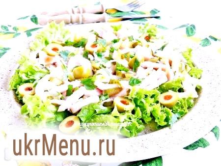 Салат з м'ясом і маринованими огірками