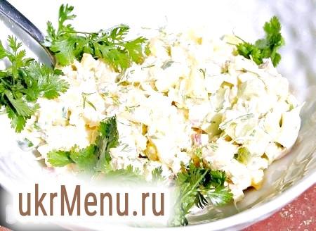 Салат з тріскою гарячого копчення