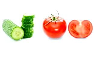 Салати з помідорів і огірків