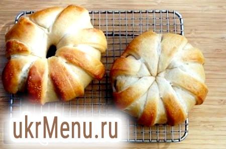 Здобні булочки з родзинками - смачний рецепт з фото