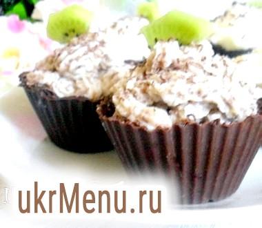 Шоколадні тарталетки з сирним десертом