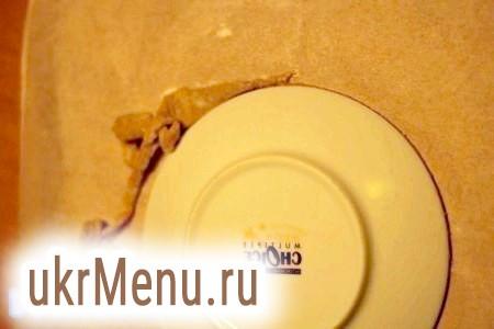 Фото - Коржики випікати в розігрітій духовці при температурі 180-200 градусів 12-15 хвилин на змащеному деку, силіконовому килимку або папері для випічки до приємного золотистого кольору.