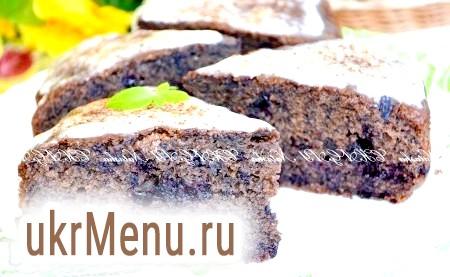 Шоколадний пиріг з ягодами