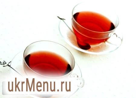 Зігріваючий напій із шипшини для зимових холодів