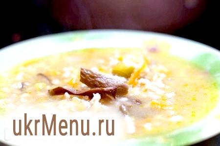 Суп з перловки з сушеними грибами