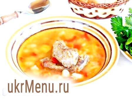 Суп зі свинини з квасолею