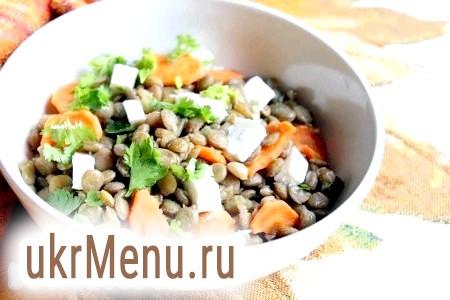 Салат з авокадо і куркою