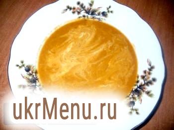 Томатний суп з сочевицею