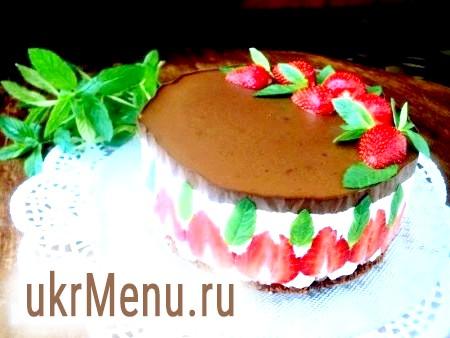Торт «Полуниця в шоколаді»