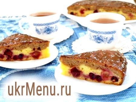 Сирно-сметанний пиріг
