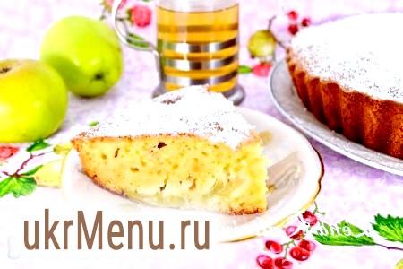 Сирний кекс з яблуками