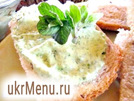 Сирний сир зі свіжою зеленню