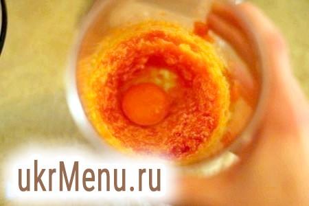 Фото - Додати яйце і продовжити збивати ще 2 хвилини.