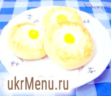 Ватрушки картопляні з сиром і перепелиним яйцем