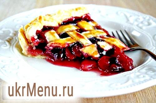 Вишневий пиріг: рецепти і секрети приготування