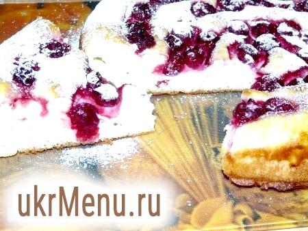 Вишневий пиріг з сиром
