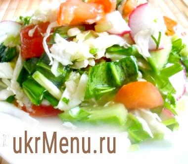 Вітамінний салат з черемшею